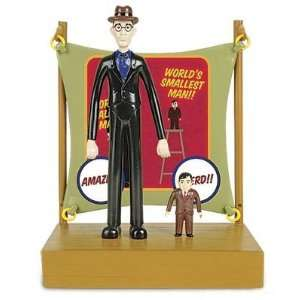 Lil Sideshow Worlds Tallest Man and Worlds Smallest Man Play Set