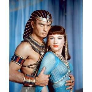 and Anne Baxter in The Ten Commandments 264688: Home & Kitchen