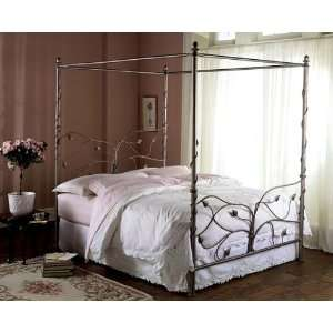 Chardonnay Finish Queen Size Canopy Iron Metal Bed: Furniture & Decor