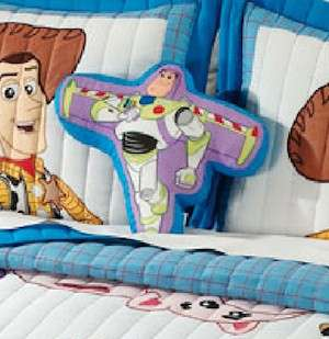 Boy Quilt Disney Toy Store Buzz Lightyear Woody Bedding