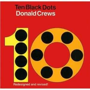 Donald CrewssTen Black Dots Board Book [Hardcover](2010