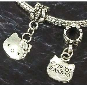 Wholesale 30 pcs Tibetan Silver HELLO KITTY Charms Beads