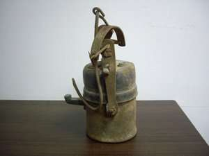 ANTIQUE 1930s MINING MINERS SAFETY CARBIDE LAMP