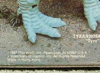 brontosaurus dinosaur with kronar the cavester figure yellow saddle