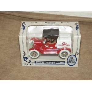 Ertl 1/25 Scale Die Cast Metal 1918 Ford Runabout Delivery