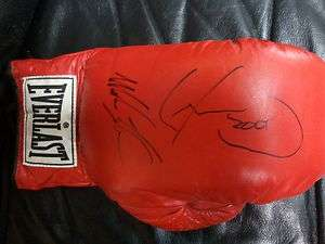 AND LENNOX LEWIS AUTOGRAPHED EVERLAST BOXING GLOVE OC AUTOGRAPHS COA