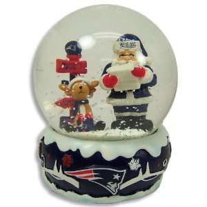 New England Patriots 2011 NFL Holiday Snow Globe