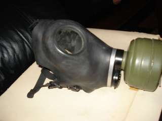 WWII C ZIVILSCHUTZFILTER 68 GERMAN CHEMICAL GAS MASK