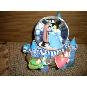 Rare Vintage Sleeping Beauty Music Box Musical Snow Globe
