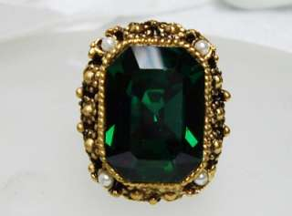 Vintage Emerald Cut Green GLASS & Faux Pearl Adjustable Ring