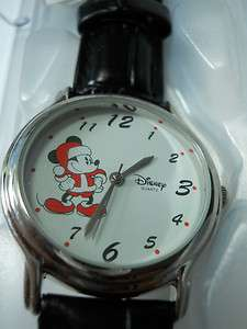 MICKEY MOUSE LIKE SANTA /DISNEY© WATCH /NEW IN THE BOX