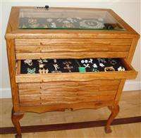 LOCKING JEWELRY,COINS, STAMPS, MEDALS DISPLAY CASE VAULT CHEST