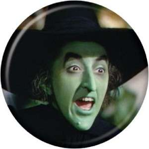 Button Pin Badge Wizard Of Oz Wicked Witch Face AB33