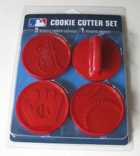 BOSTON RED SOX LOGO BASEBALL GLOVE COOKIE CUTTER SET 846757079391