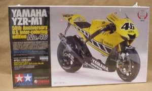 YAMAHA YZR M1 Motorcycle Model Tamiya kit