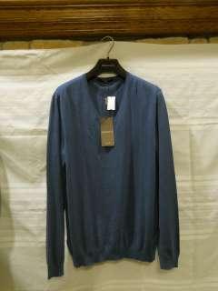Gucci Light Blue V neck long sleeve sweater XL X Large Crest Detail