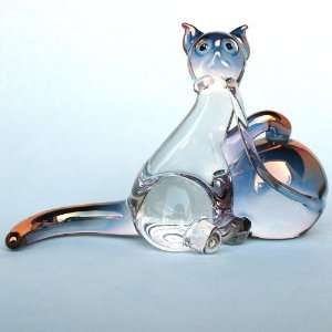 Hand Blown Glass Cat Figurine with Crystal Ball of Yarn