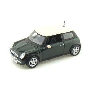 Mini Cooper 1/24 Green Toys & Games